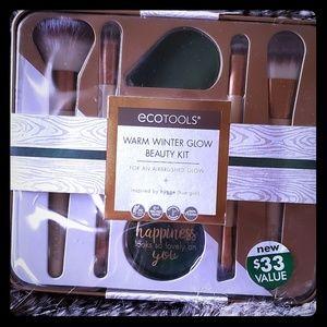 Ecotools Winter Glow Beauty Kit